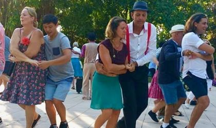 Cover image for 'Learn to swing dance!'