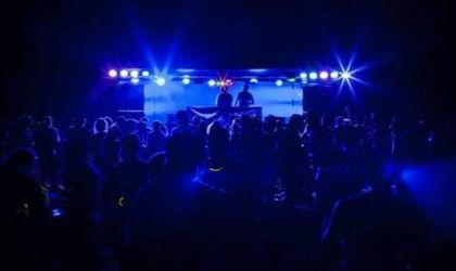 Cover image for 'Resist - DJ night'