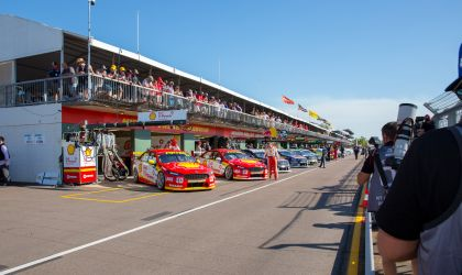 Cover image for '2019 Darwin Supercars'
