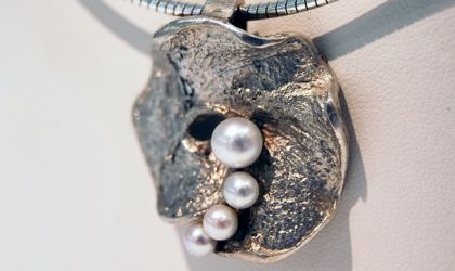 Cover image for 'Wax Casting Silver Jewellery'