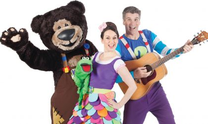 Cover image for 'The Kazoos Teddy Bear's Picnic'