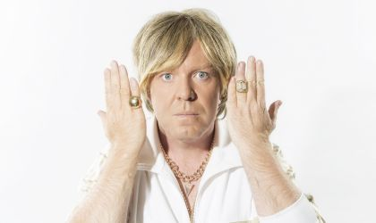 Cover image for 'Q&A with Peter Helliar'
