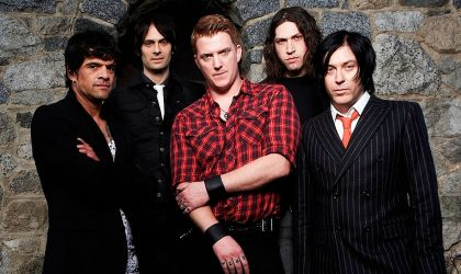 Cover image for 'Queens of the Stone Age'
